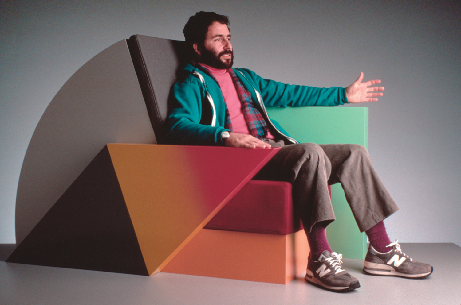 Peter Shire with Bone Air Chair, 1985, image courtesy of the artist