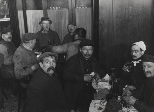 Supper with the cesspool cleaners, Saint-Paul district