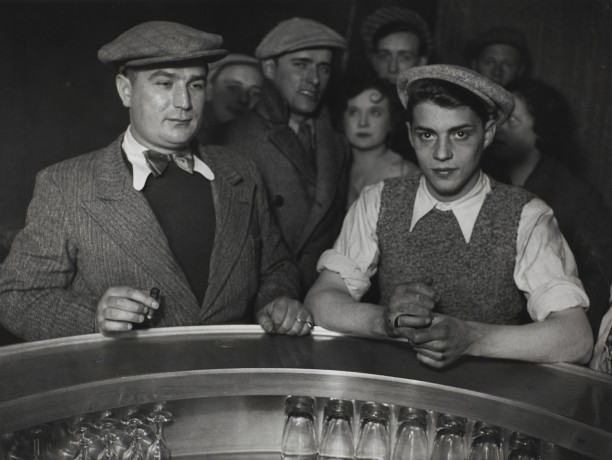 Group of men at the bar of a bistro, Rue de Lappe