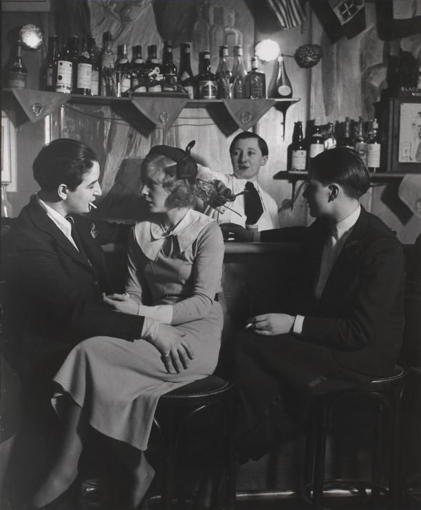 Le Monocle, the bar. On the left is Lulu de Montparnasse