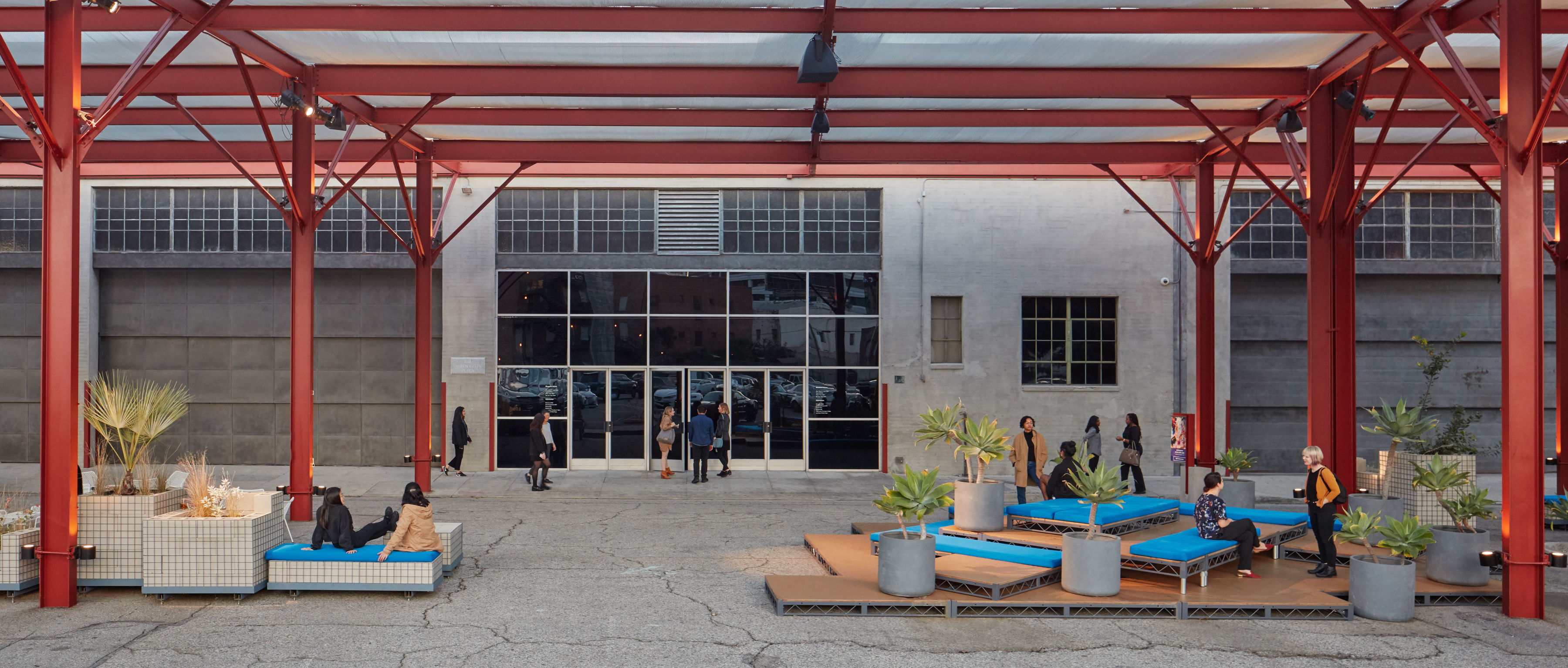 The Geffen Contemporary at MOCA, photo by Elon Schoenholz