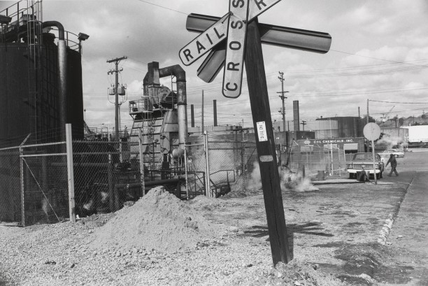 CLEVELAND, OHIO (railroad crossing)