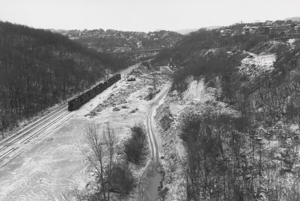 PITTSBURGH, PENNSYLVANIA (train on tracks)