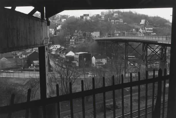PITTSBURGH, PENNSYLVANIA (view of bridge)